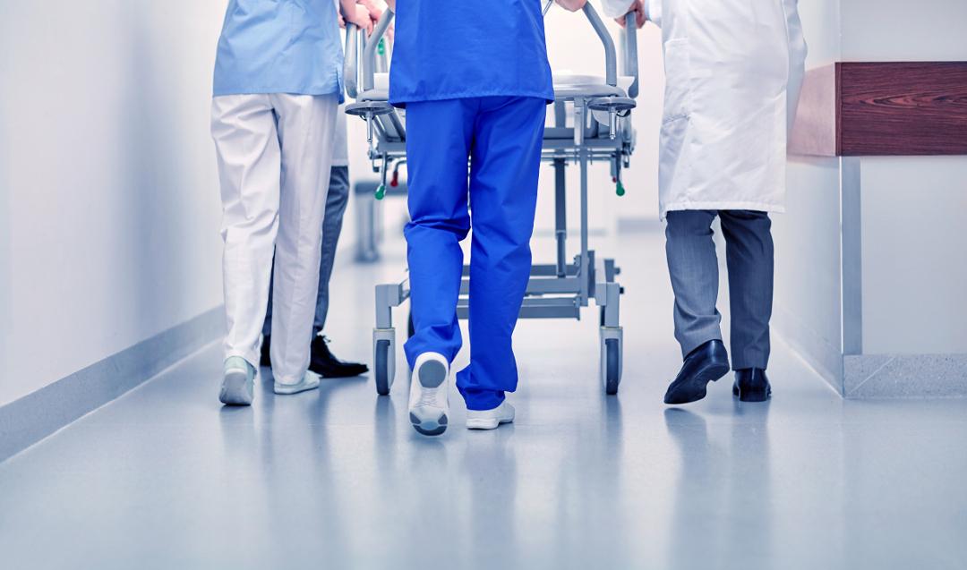 Hospicjum domowe – komu przysługuje i jak starać się o opiekę hospicjum?